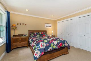 Photo 8: 3658 ARGYLL STREET in Surrey: Central Abbotsford House for sale (Abbotsford)  : MLS®# R2393719