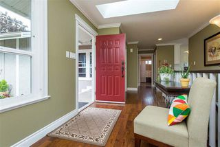Photo 3: 3658 ARGYLL STREET in Surrey: Central Abbotsford House for sale (Abbotsford)  : MLS®# R2393719