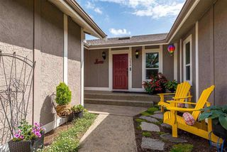 Photo 2: 3658 ARGYLL STREET in Surrey: Central Abbotsford House for sale (Abbotsford)  : MLS®# R2393719