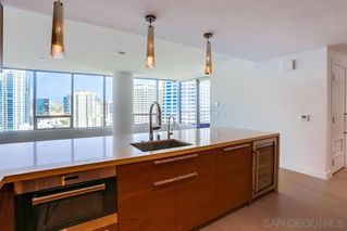 Photo 4: DOWNTOWN Condo for rent : 2 bedrooms : 888 W E St. #1706 in San Diego