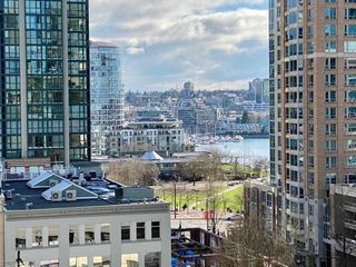 "Photo 16: 901 1280 RICHARDS Street in Vancouver: Yaletown Condo for sale in ""GRACE RESIDENCES"" (Vancouver West)  : MLS®# R2440136"