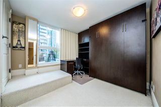 "Photo 13: 901 1280 RICHARDS Street in Vancouver: Yaletown Condo for sale in ""GRACE RESIDENCES"" (Vancouver West)  : MLS®# R2440136"