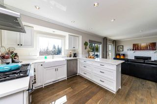 Photo 10: 1061 CHAMBERLAIN Drive in North Vancouver: Lynn Valley House for sale : MLS®# R2449836