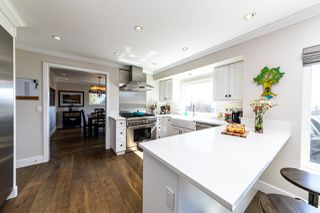 Photo 9: 1061 CHAMBERLAIN Drive in North Vancouver: Lynn Valley House for sale : MLS®# R2449836