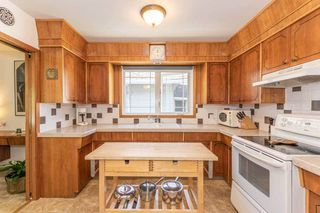 Photo 10: 9106 81 Avenue in Edmonton: Zone 17 House for sale : MLS®# E4201592