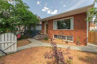 Photo 2: 9106 81 Avenue in Edmonton: Zone 17 House for sale : MLS®# E4201592