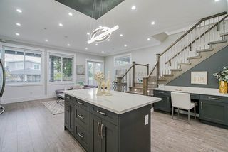 Photo 9: 15456 RUSSELL Avenue: White Rock House for sale (South Surrey White Rock)  : MLS®# R2471976