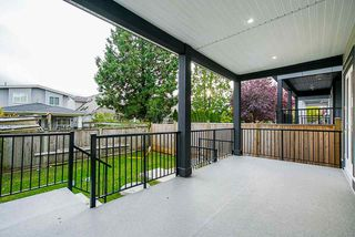 Photo 23: 15456 RUSSELL Avenue: White Rock House for sale (South Surrey White Rock)  : MLS®# R2471976