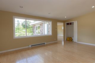 Photo 13: 29858 FRASER Highway in Abbotsford: Aberdeen House for sale : MLS®# R2477913
