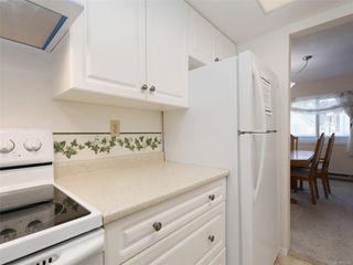 Photo 11: 303 1021 Collinson St in : Vi Fairfield West Condo for sale (Victoria)  : MLS®# 853542