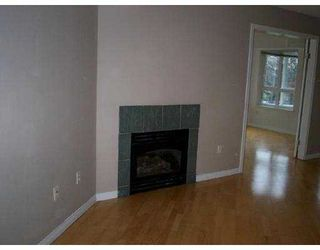 Photo 2: 208 1707 CHARLES ST in Vancouver: Grandview VE Condo for sale (Vancouver East)  : MLS®# V569593
