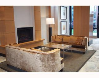 """Photo 4: 2901 928 HOMER Street in Vancouver: Downtown VW Condo for sale in """"YALETOWN PARK"""" (Vancouver West)  : MLS®# V653284"""