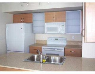 """Photo 3: 2901 928 HOMER Street in Vancouver: Downtown VW Condo for sale in """"YALETOWN PARK"""" (Vancouver West)  : MLS®# V653284"""