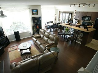 "Photo 2: # 43 2200 PANORAMA DR in Port Moody: Heritage Woods PM Condo for sale in ""QUEST"" : MLS®# V909873"