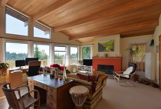 Photo 8: 477 S FLETCHER Road in Gibsons: Gibsons & Area House for sale (Sunshine Coast)  : MLS®# R2390875