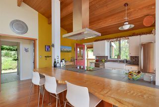Photo 7: 477 S FLETCHER Road in Gibsons: Gibsons & Area House for sale (Sunshine Coast)  : MLS®# R2390875