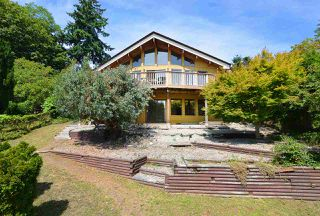 Photo 2: 477 S FLETCHER Road in Gibsons: Gibsons & Area House for sale (Sunshine Coast)  : MLS®# R2390875