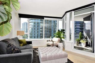 "Photo 3: 710 68 SMITHE Street in Vancouver: Downtown VW Condo for sale in ""ONE PACIFIC"" (Vancouver West)  : MLS®# R2403870"