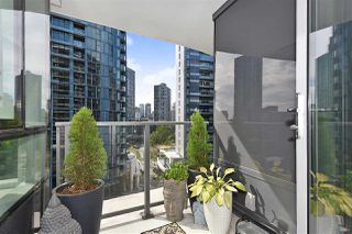 "Photo 16: 710 68 SMITHE Street in Vancouver: Downtown VW Condo for sale in ""ONE PACIFIC"" (Vancouver West)  : MLS®# R2403870"