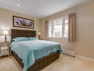 Photo 13: 990 SHERWOOD Lane in West Vancouver: Ambleside House for sale : MLS®# R2412347