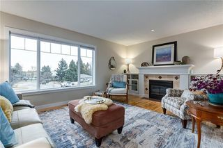 Photo 3: 21 HENDON Place NW in Calgary: Highwood Detached for sale : MLS®# C4276090