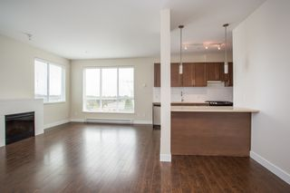 "Photo 4: 323 15850 26 Avenue in Surrey: Grandview Surrey Condo for sale in ""SUMMIT HOUSE"" (South Surrey White Rock)  : MLS®# R2423406"