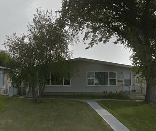 Photo 1: 13523 119 Street in Edmonton: House Half Duplex for rent