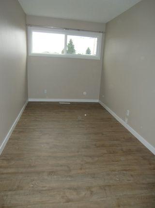 Photo 18: 13523 119 Street in Edmonton: House Half Duplex for rent