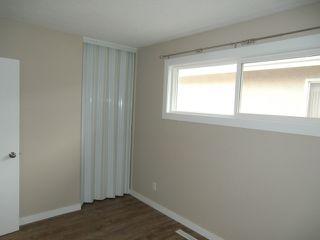 Photo 15: 13523 119 Street in Edmonton: House Half Duplex for rent