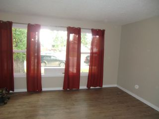 Photo 27: 13523 119 Street in Edmonton: House Half Duplex for rent