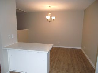 Photo 25: 13523 119 Street in Edmonton: House Half Duplex for rent