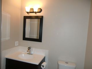 Photo 9: 13523 119 Street in Edmonton: House Half Duplex for rent