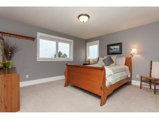 "Photo 11: 4629 216 Street in Langley: Murrayville House for sale in ""Upper Murrayville"" : MLS®# R2433818"