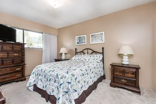 Photo 13: 1437 BRAKEN Court in Port Coquitlam: Oxford Heights House for sale : MLS®# R2448960