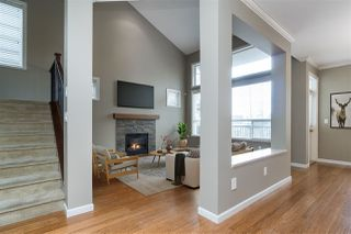 """Photo 2: 20908 71A Avenue in Langley: Willoughby Heights House for sale in """"Milner Heights"""" : MLS®# R2449205"""