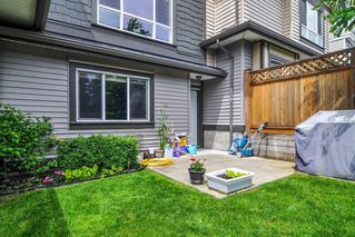 """Photo 26: #5 19938 70 Avenue in Langley: Willoughby Heights Townhouse for sale in """"Summerhill"""" : MLS®# R2467793"""