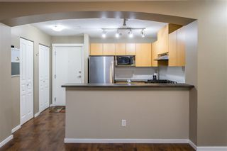 Photo 4: 305 9339 UNIVERSITY CRESCENT in Burnaby: Simon Fraser Univer. Condo for sale (Burnaby North)  : MLS®# R2450869