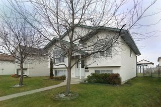 Photo 3: 21 DAINES Avenue in Red Deer: Devonshire Residential for sale : MLS®# A1046952
