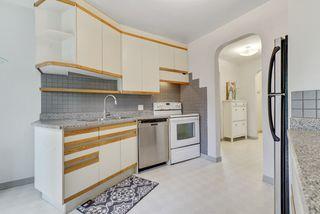 Photo 5: 14014 105 Avenue NW in Edmonton: Glenora House for sale