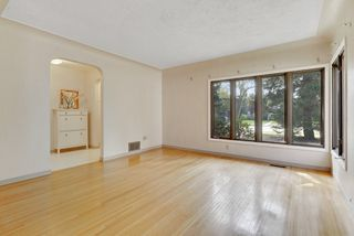 Photo 7: 14014 105 Avenue NW in Edmonton: Glenora House for sale