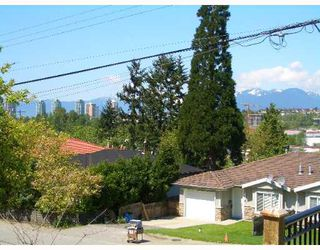 Photo 7: 5116 MANOR Street in Burnaby: Central BN House 1/2 Duplex for sale (Burnaby North)  : MLS®# V641778