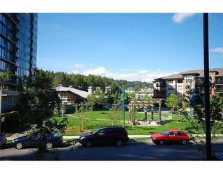 Photo 8: # 211 701 KLAHANIE DR in Port Moody: Port Moody Centre Condo for sale : MLS®# V861240