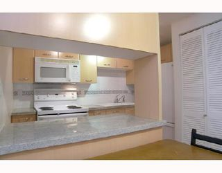 "Photo 5: 217 1823 W 7TH Avenue in Vancouver: Kitsilano Condo for sale in ""CARNEGIE"" (Vancouver West)  : MLS®# V660212"