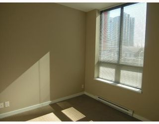 """Photo 7: 401 531 BEATTY Street in Vancouver: Downtown VW Condo for sale in """"531 BEATTY"""" (Vancouver West)  : MLS®# V667517"""