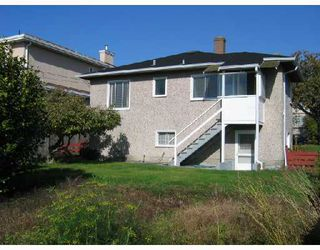 Photo 2: 342 E 62ND Avenue in Vancouver: South Vancouver House for sale (Vancouver East)  : MLS®# V673983