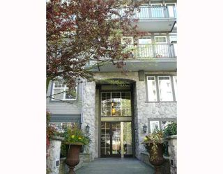 """Main Photo: 305 1388 NELSON Street in Vancouver: West End VW Condo for sale in """"ANDALUCA"""" (Vancouver West)  : MLS®# V704793"""