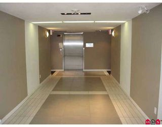Photo 6: 401 10788 139TH Street in Surrey: Whalley Condo for sale (North Surrey)  : MLS®# F2812849