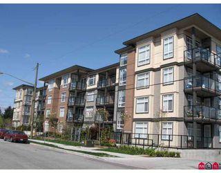 Photo 1: 401 10788 139TH Street in Surrey: Whalley Condo for sale (North Surrey)  : MLS®# F2812849