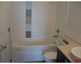 Photo 5: 401 10788 139TH Street in Surrey: Whalley Condo for sale (North Surrey)  : MLS®# F2812849