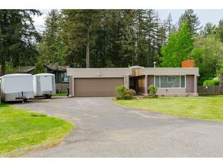 Photo 2: 3737 196A Street in Langley: Brookswood Langley House for sale : MLS®# R2479640